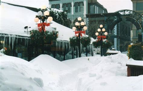 """20 years ago: 96 photos from the """"Blizzard of 1996"""" in"""